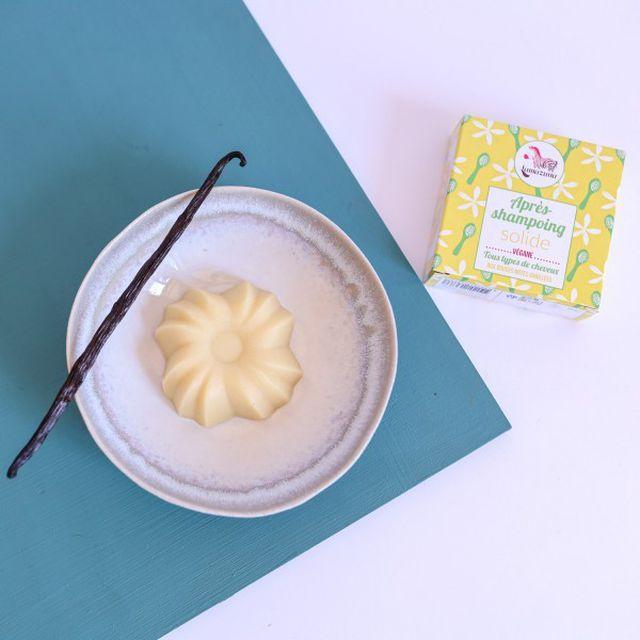 Die feste Spülung von Lamazuna mit Vanille-Duft kommt aus Frankreich.