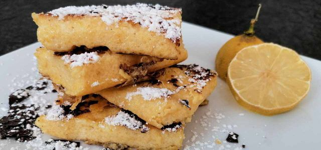 Süße Polentaschnitten: Dessertrezept mit Maisbrei