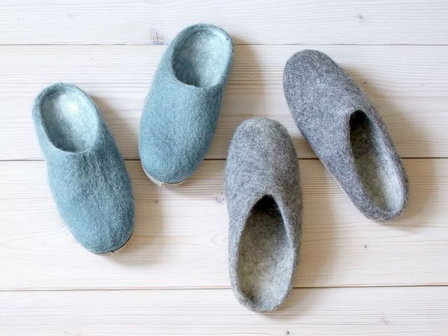 Gruene-Erde-Pantoffeln