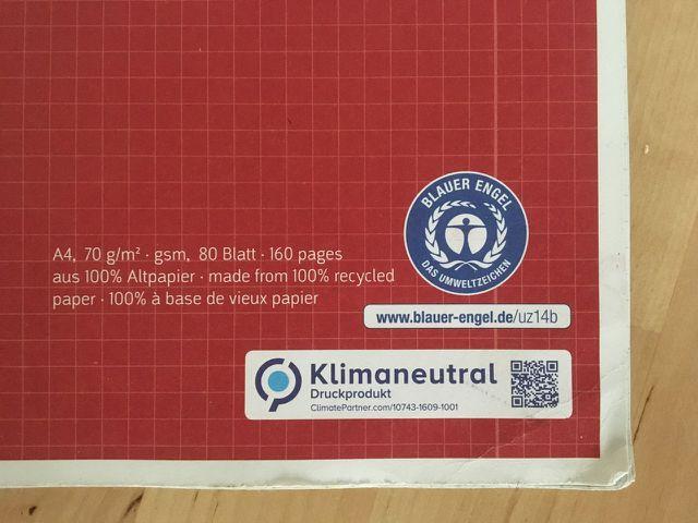 Achte auf das Symbol des blauen Engels bei deinen Papierprodukten.