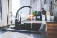In Deutschland kommt meist gutes Trinkwasser aus dem Hahn