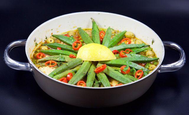 Okraschoten schmecken auch mit Chili gewürzt sehr gut.