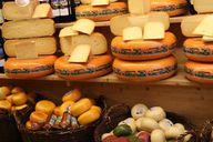 Die Ausführung der Arbeitsschritte entscheidet über die Käsesorte
