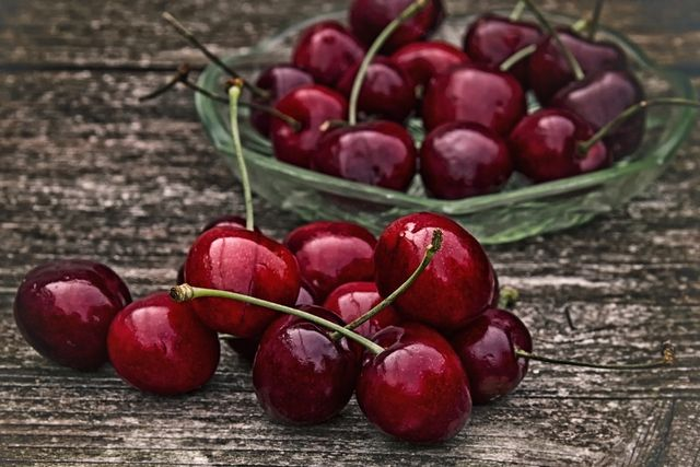 Kirschen haben einen mittleren Zuckergehalt