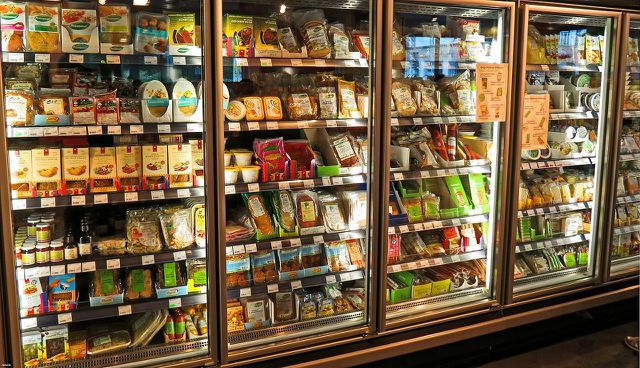 Emulgatoren sind ein wichtiger Zusatzstoff für industriell verarbeitete Lebensmittel.
