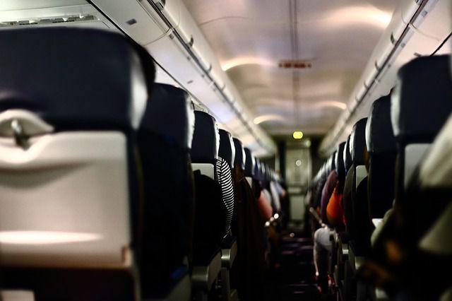 Wer aufs Fliegen verzichtete, verringert seinen CO2-Fußabdruck.