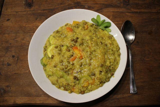 Kitchari ist ein besonders bekömmliches Gericht aus dem Ayurveda.