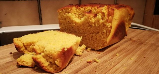 Das fertige glutenfreie Brot