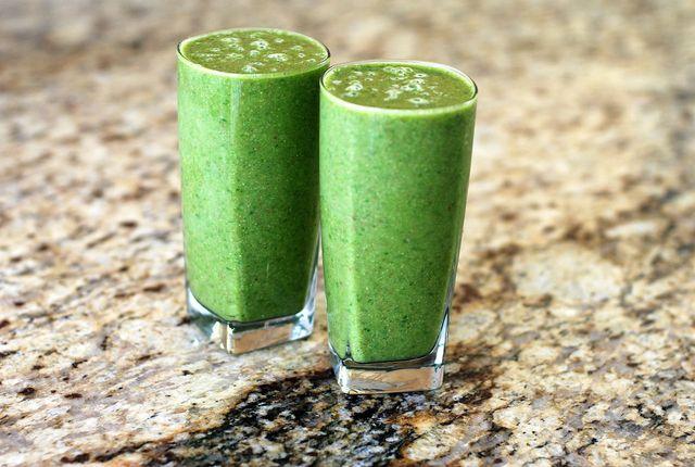 Grüne Smoothies sind voll im Trend - und mit Brennnessel richtig gesund.