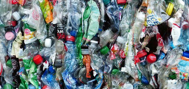 PET Kunststoff Flasche