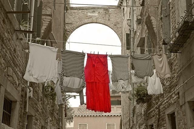 Schuhe waschen in Waschmaschine Laufschuhe reinigen 40 Grad Bunt Wäsche Anleitung