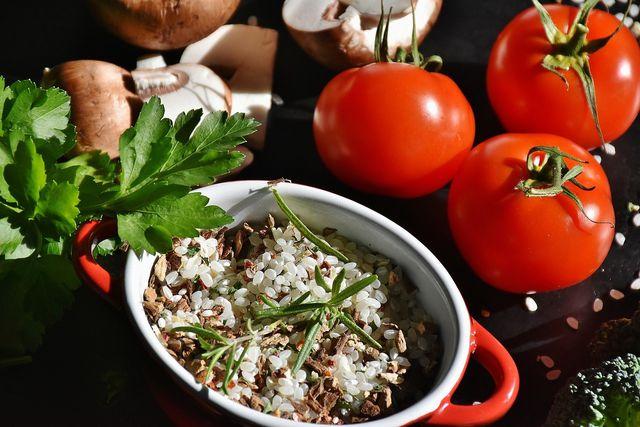 Reis kochen und ein leckeres Risotto zubereiten.