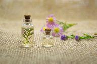 Ätherische Öle gibt es in zahlreichen Duftrichtungen.
