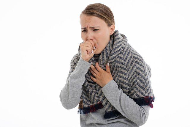 Vor allem bei Atemwegserkrankungen wird Eibisch als Heilpflanze verwendet.