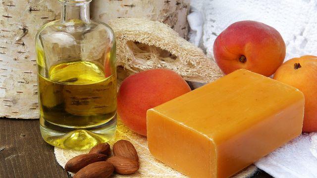 Naturkosmetik mit nachvollziehbaren Inhaltsstoffen als Alternative zu Palmöl und Co.