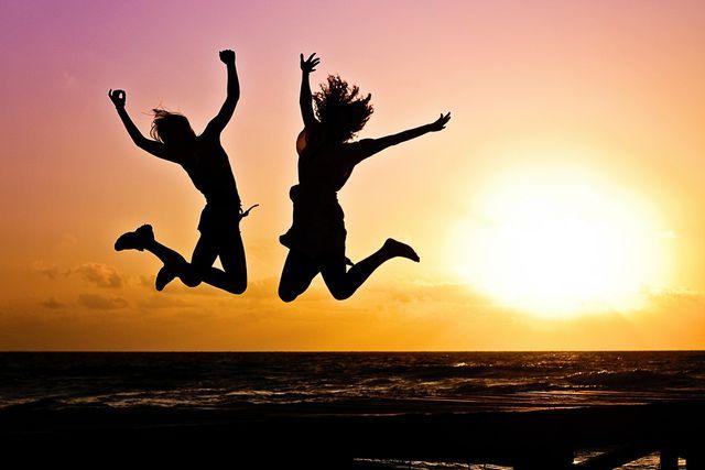 Tryptophan ist über die Umwandlung in Serotonin unerlässlich für unser Wohlbefinden und ein ausgeglichenes Gemüt.