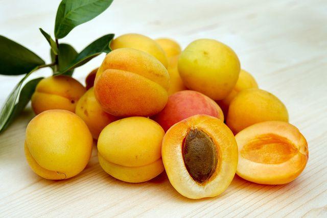 Aprikosensaison ist von Mai bis September
