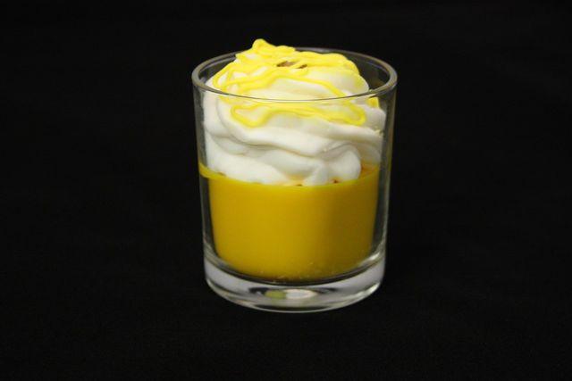 Tipp: Lemon Curd kannst du auch als Lime Curd herstellen – dann verwendest du statt Zitronen einfach Limetten.