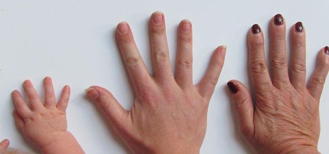 Gepflegte Hände sind keine Frage des Alters.