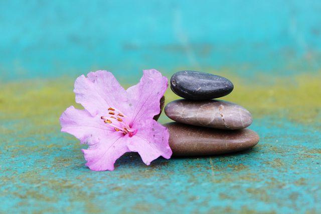 Geführte Meditation gibt dir die Möglichkeit, dich tiefer auf den Zustand einzulassen.