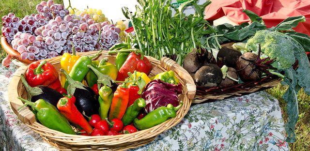 Eine ausgewogene und vielseitige Ernährung kann bei vielen Krankheiten helfen.