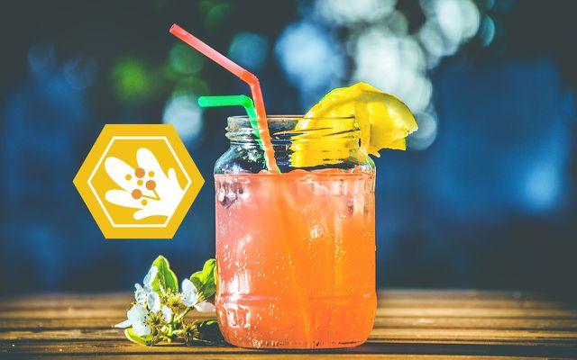 bee extinction fruit juice