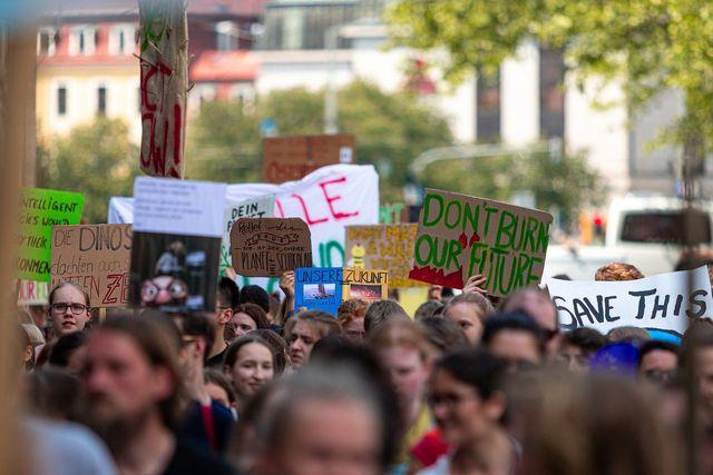 Neben den Klimalisten hast du zahlreiche andere Möglichkeiten, dich für Klimagerechtigkeit zu engagieren.