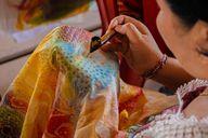 Batiktechnik in Indonesien: Ein Färbeverfahren mit Tradition.