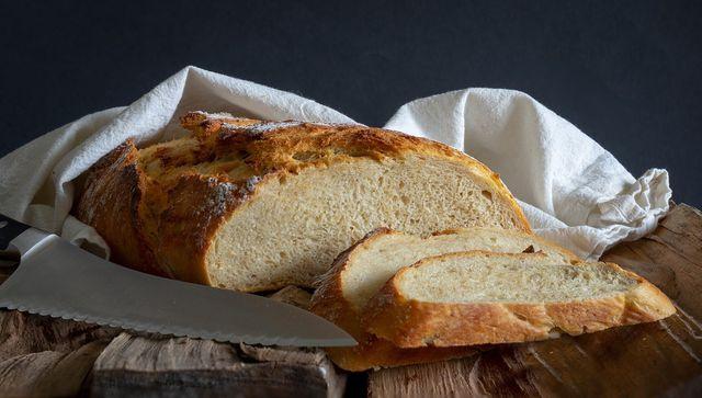 Lagere Brot am besten bei Zimmertemperatur.