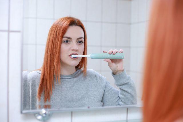 Mastix soll in erster Linie deine Zähne schützen und stärken, indem es unter anderem Karies entgegenwirkt.