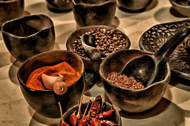 Cayennepfeffer entsteht, wenn Chilischoten gemahlen werden.