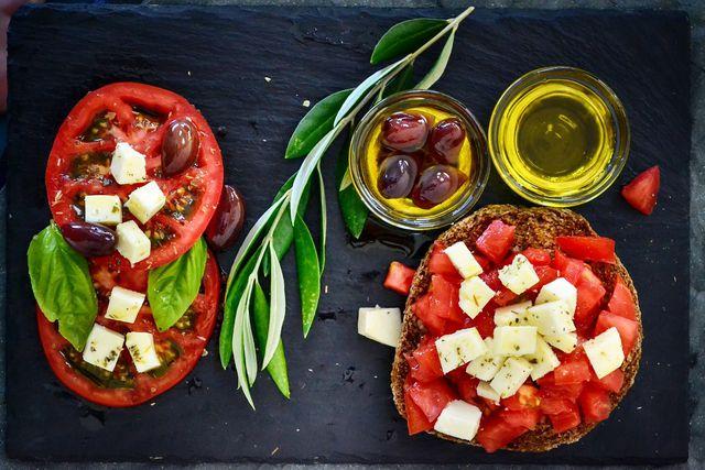 Olivenöl ist ein wichtiger Bestandteil der als gesund geltenden Mittelmeerdiät.