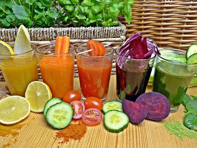 Gemüsesäfte bringen Abwechslung ins Saftfasten.