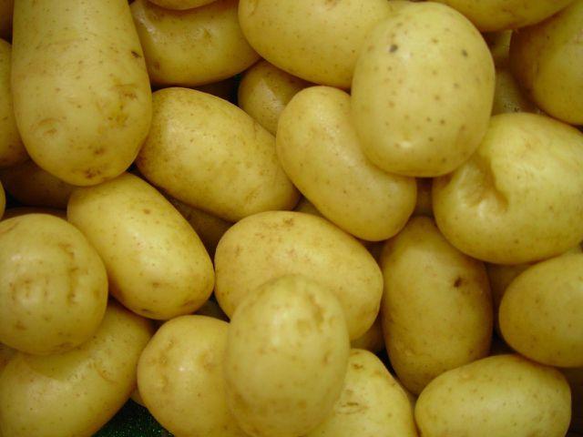 Für warme Halswickel brauchst du nur ein paar Kartoffeln.