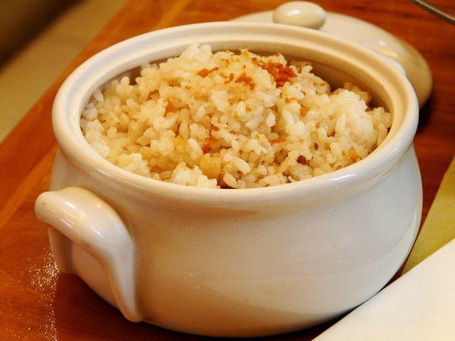Gut zu Berglinsencurry passt Reis.