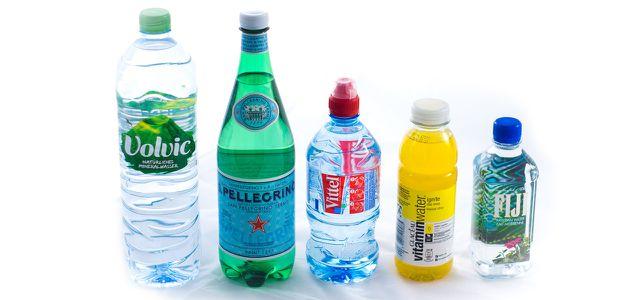 Trinkwasser in Plastik macht Müll, für die Natur ist das nicht gesund