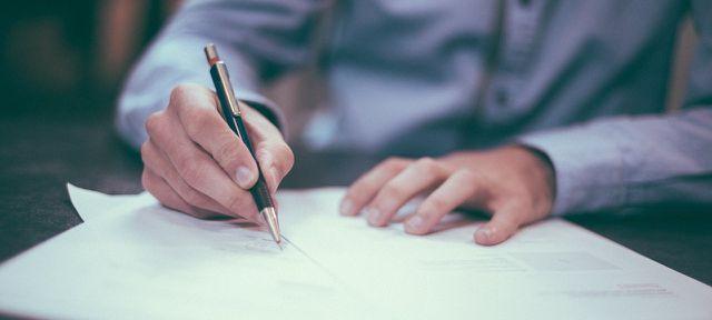 Hausratversicherung abschließen beim Makler
