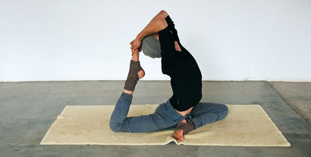 Die volle Version der Yoga-Taube: Eka Pada Rajakapotasana.