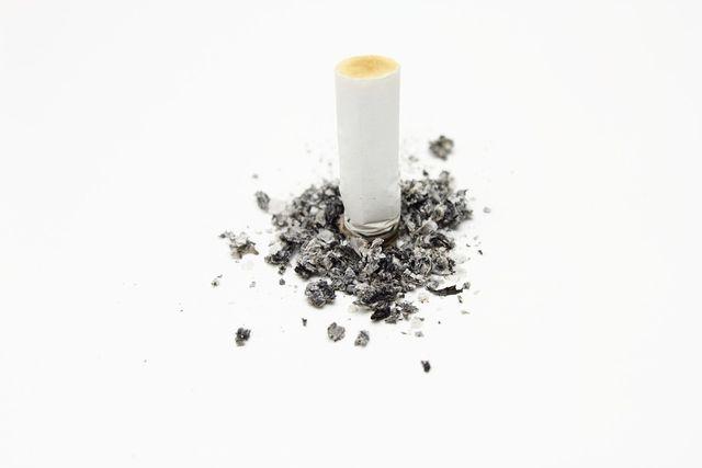 Ob Kräuterzigaretten tatsächlich helfen, mit dem Rauchen aufzuhören, ist umstritten.