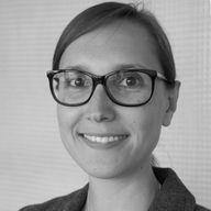 Regina Nowak, Sales & Consulting