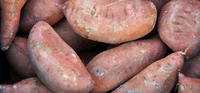 süßkartoffel schälen