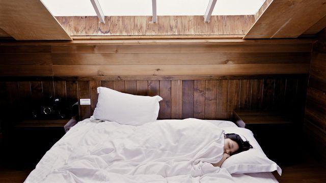 Bettwäsche waschen: frisch gewaschenes Bettzeug