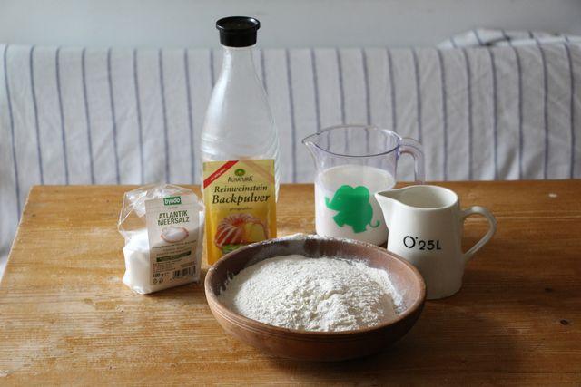Rezept für vegane Pfannkuchen - die Zutaten
