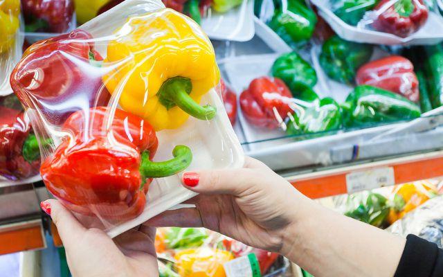 Verpackungsmüll: Gemüse in Plastik