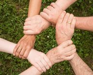 Helfende Hände gegen Langeweile