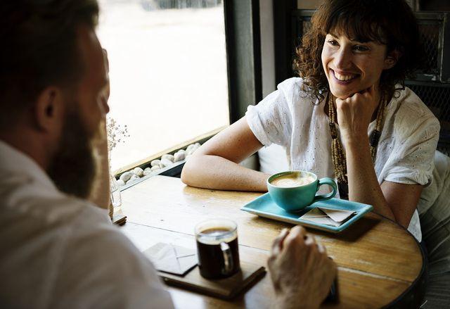Wenn wir unserem Gegenüber durch Einfühlungsvermögen zugewandt und wohlwollend begegnen, können wir ihm eher helfen.