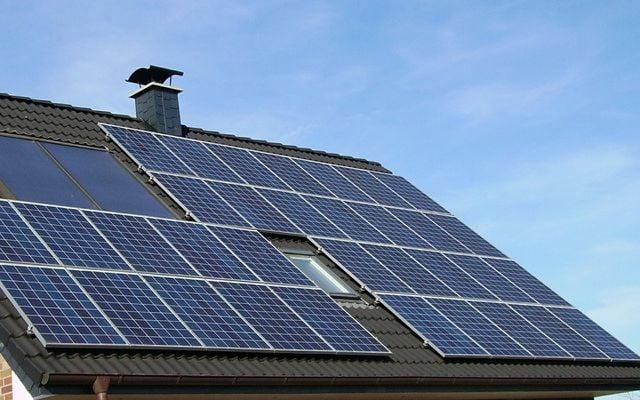 Green energy solar panel array