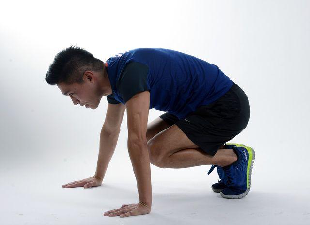 Deine Ausdauer kannst du auch mit einem Workout zuhause trainieren.