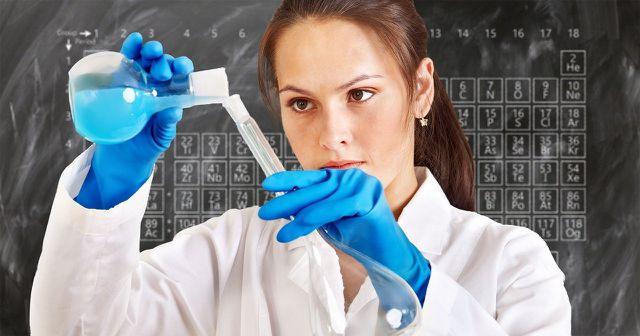Naturwissenschaften, wie Chemie, bilden einen wichtigen Bestandteil des Umweltwissenschaftsstudiums.