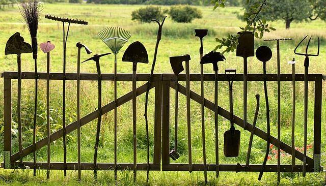 Gartengeräte nicht vergessen!